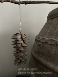 Nature grey iron pine flower hanger rust