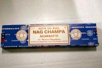 Nag champa 15 gram voordeeldoos  12 x 15 gram