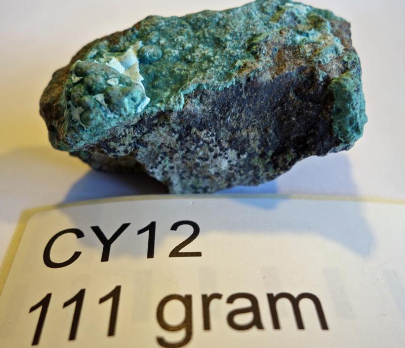 Chrysocolla ruw CY12