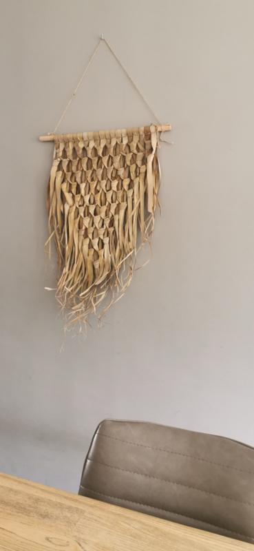 Wandkleed gevlochten palmblad driehoek