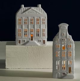 Grachtenpand Mansion theelichthouder - 13 cm