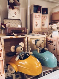 Maileg MOUSE CAR W. GARAGE - YELLOW
