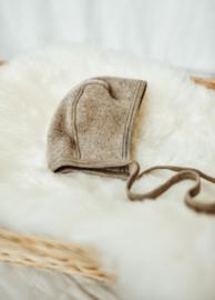 Engel baby-bonnet wool fleece walnuss melange