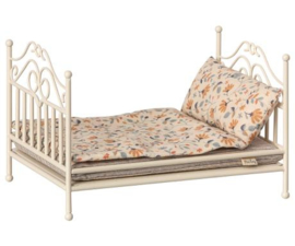 Maileg Carry Vintage bed, soft sand