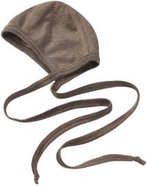 Engel Baby-bonnet walnut wol en zijde mutsje