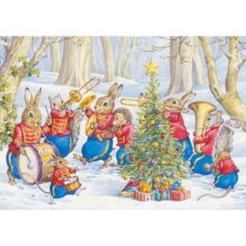 Molly Brett kaart 'Animal Brass Brand in snow with Christmas Tree'