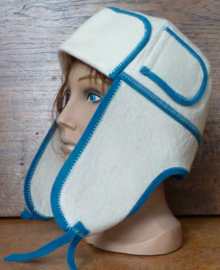 Saunahat Cap with ear flaps white/blue