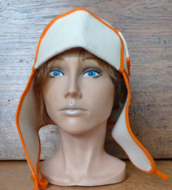 Saunahat Cap with ear flaps White/Orange