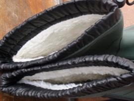 Laars gevoerd met veterkap