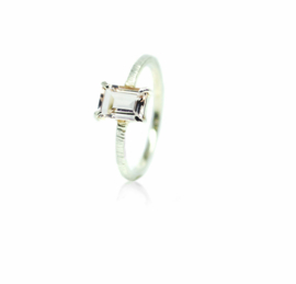 Verlovingsring in 18kt wit goud met morganite