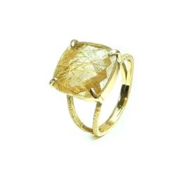 Ring in 18kt geel goud met rutile quartz