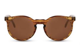 Zonnebril, kleur lens: bruin, kleur montuur: bruin, hoogte: 4,8cm, breedte 13,5cm,  100% uv-bescherming, categorie 3. Deze bril wordt geleverd in een hard case
