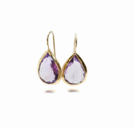 Violette oorjuwelen