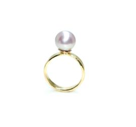 Ring in 18kt geel goud met een zacht roze Edison parel