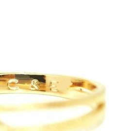 Trouwringen in 18kt geel goud met een lab grown diamant, voor dit paar 2710€