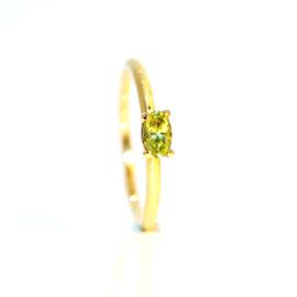 verlovingsring in 18kt geel goud met peridoot