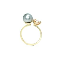 You & Me ring in 18kt geel goud met Tahitiparel en moissanite