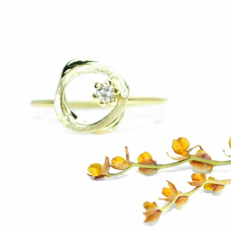 Delia ring