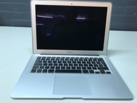 MacBook Air 13.3 inch 1.86Ghz. | 2Gb | 120SSD
