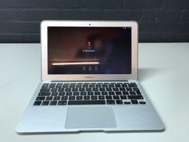 MacBook Air 11.6 inch 1.4Ghz. | 2Gb | SSD