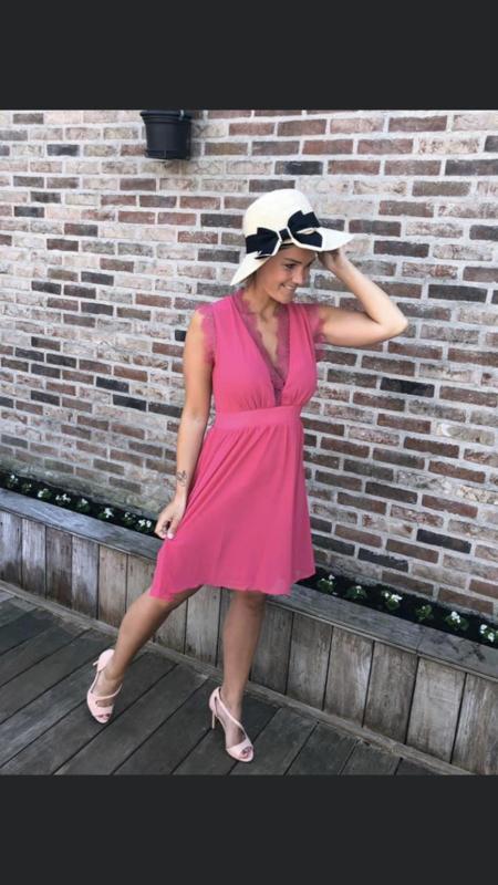 Roze kleedje Medium