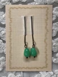 Oorbellen voor antieke pop smaragd, mint groen.