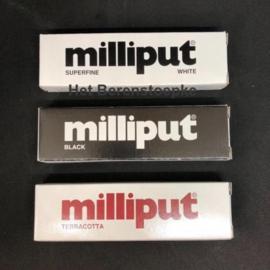 Milliput epoxypasta voor poppenrestauratie en voor supersterk boetseren.