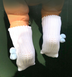 Vintage retro baby poppen sokjes \ kousjes met pompoms, oude voorraad !