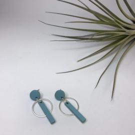 Oorbellen pastel blauw met zilver