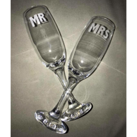 Set champagneglazen Mr & Mrs
