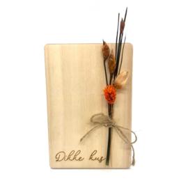 Houten kaartje Dikke kus droogbloemen