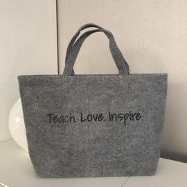 Vilten tas Teach. Love. Inspire.
