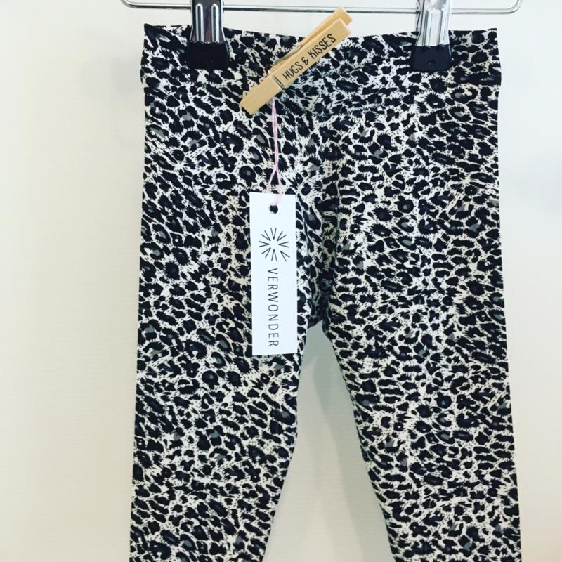 Animal print legging