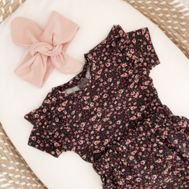 RUFFLE TOP FLOWER