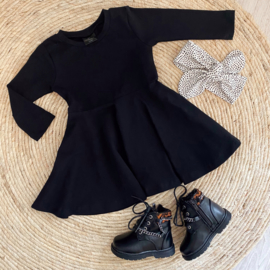 Little basic dress black