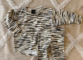 Loose fit rib zebra ecru