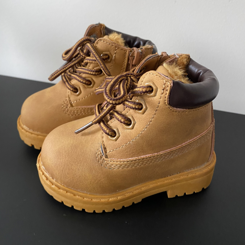 Like timber boots camel