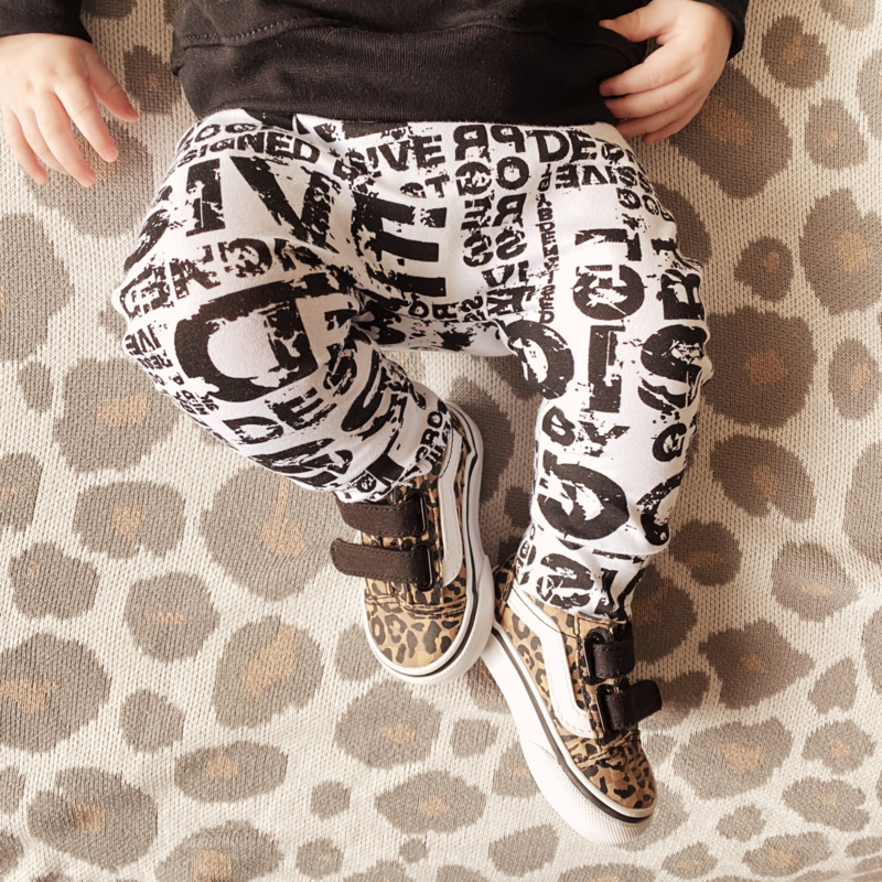 BASIC COLLECTION | Black and white pants