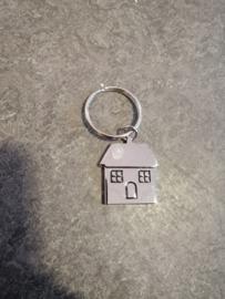 Sleutelhanger huisje metaal