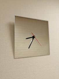 spiegel klok