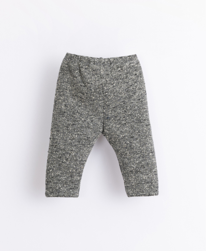 Play Up - Leggings with Decorative Coconut Button Frame