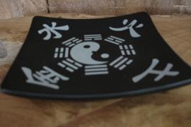 [N-0275 ] Wierook stokje houder 12 x 12 cm. Zwart, Yin Yang