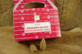 *[ N-0376 A } Backflow kegeltjes; Dragon's Blood, per doosje á 24 stuks