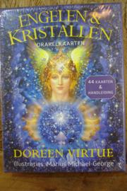 *[ N-0566 ] Kaarten: Engelen en Kristallen orakel kaarten