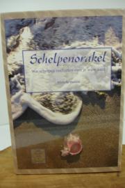 *[ N-0525 ] Kaarten; Schelpenorakel, 22 x 15 x 5 cm.