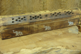 *[ N-0543 ] Wierook houder Kist 31 cm. met Olifantjes