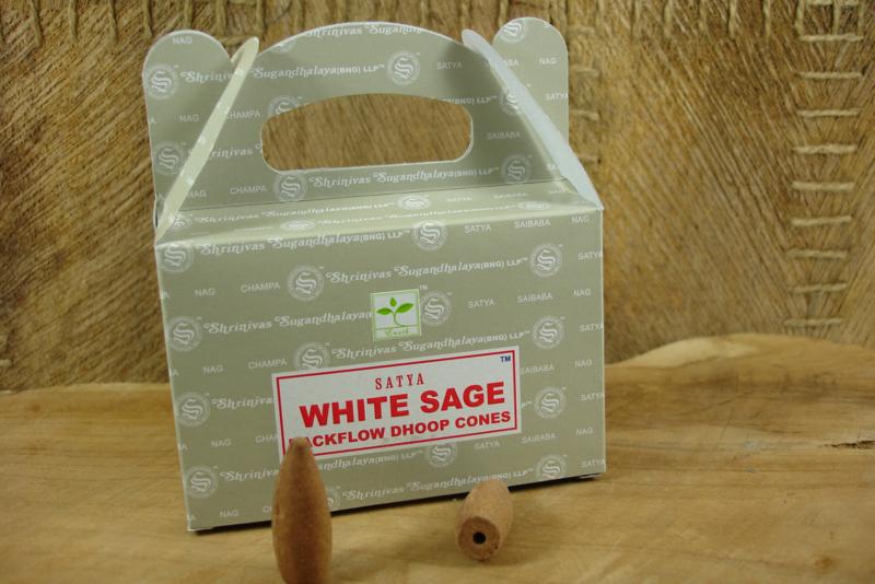 [ N-0378 ] Backflow kegeltjes; White Sage, per 8 stuks