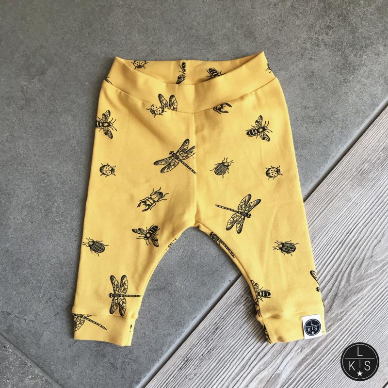 Broekje | Insecten geel