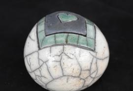 Mini urn met groen hartje (80-100ml)