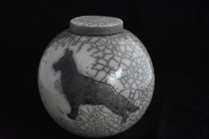 """Hondenurn """"Herder"""" (XL)"""